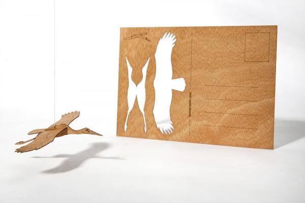 """Zedernholz Postkarte - """"Storch"""""""