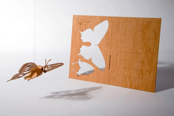 """Zedernholz Postkarte - """"Schmetterling"""""""